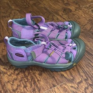 Kid's Keen Purple Sandals Sz 13